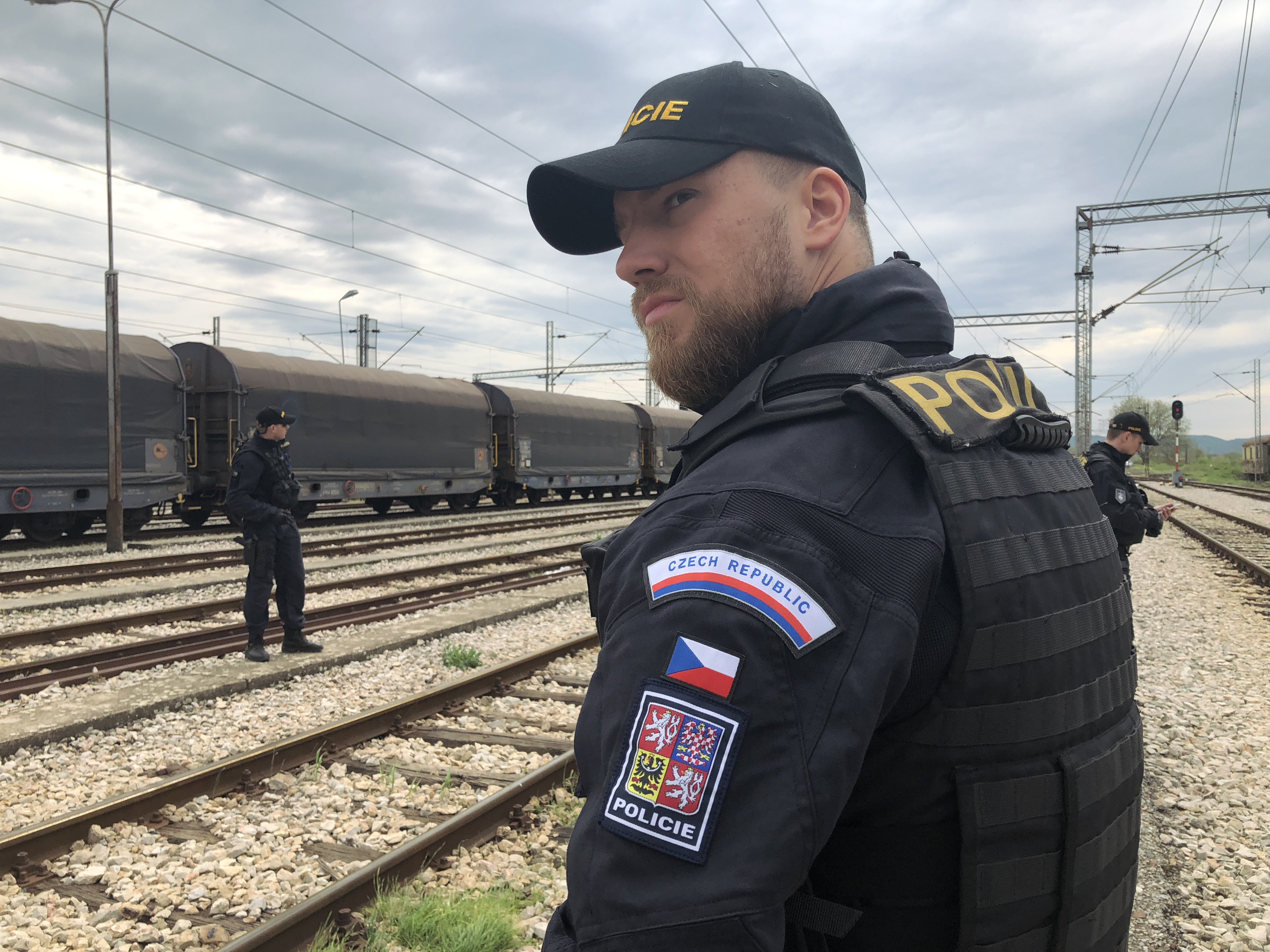 Češi pomáhají také v zahraniční. Hlídají zelenou hranici mezi Řeckem a Makedonií a nelegální přechody mezi dvěma státy