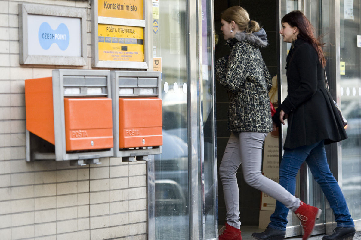 Málokteráschránka je prázdná, vysvětluje Česká pošta, proč odmítla studentský projekt chytrých schránek