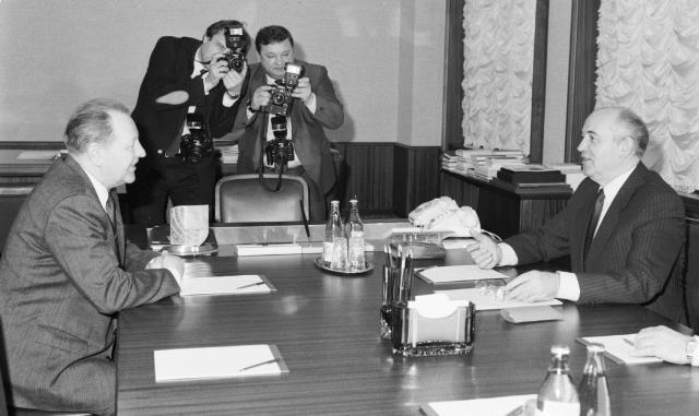 Generální tajemník ÚV KSČ Miloš Jakeš na návštěvě v Moskvě