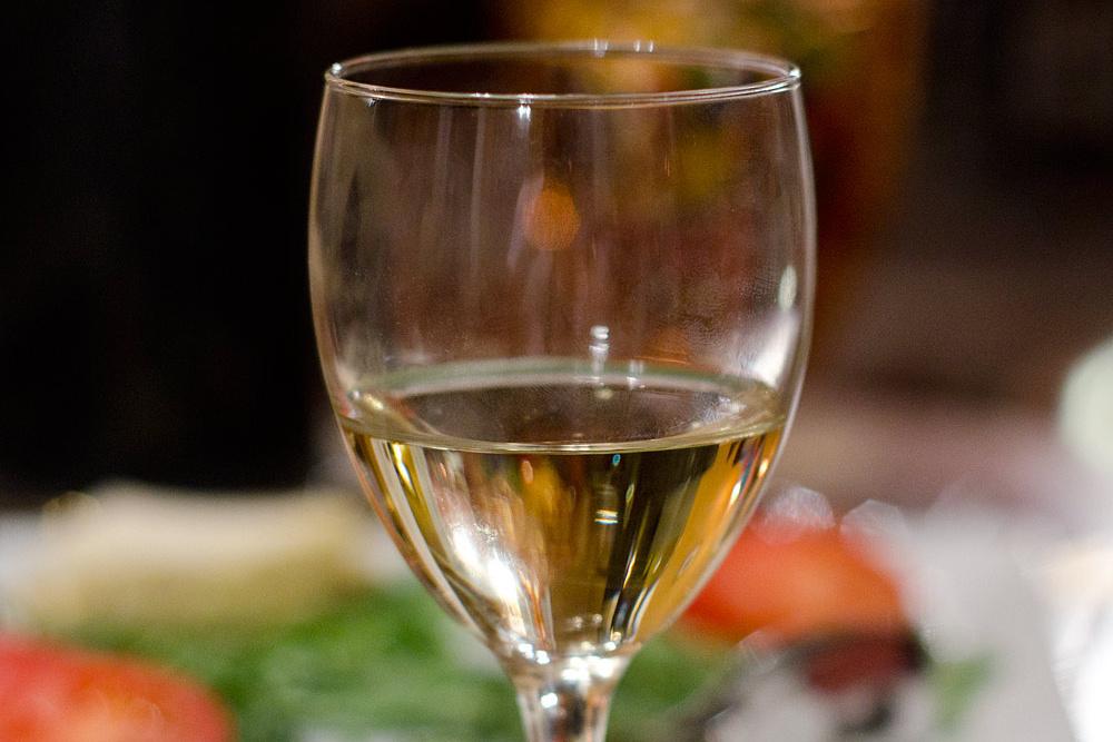 sklenka vína - víno