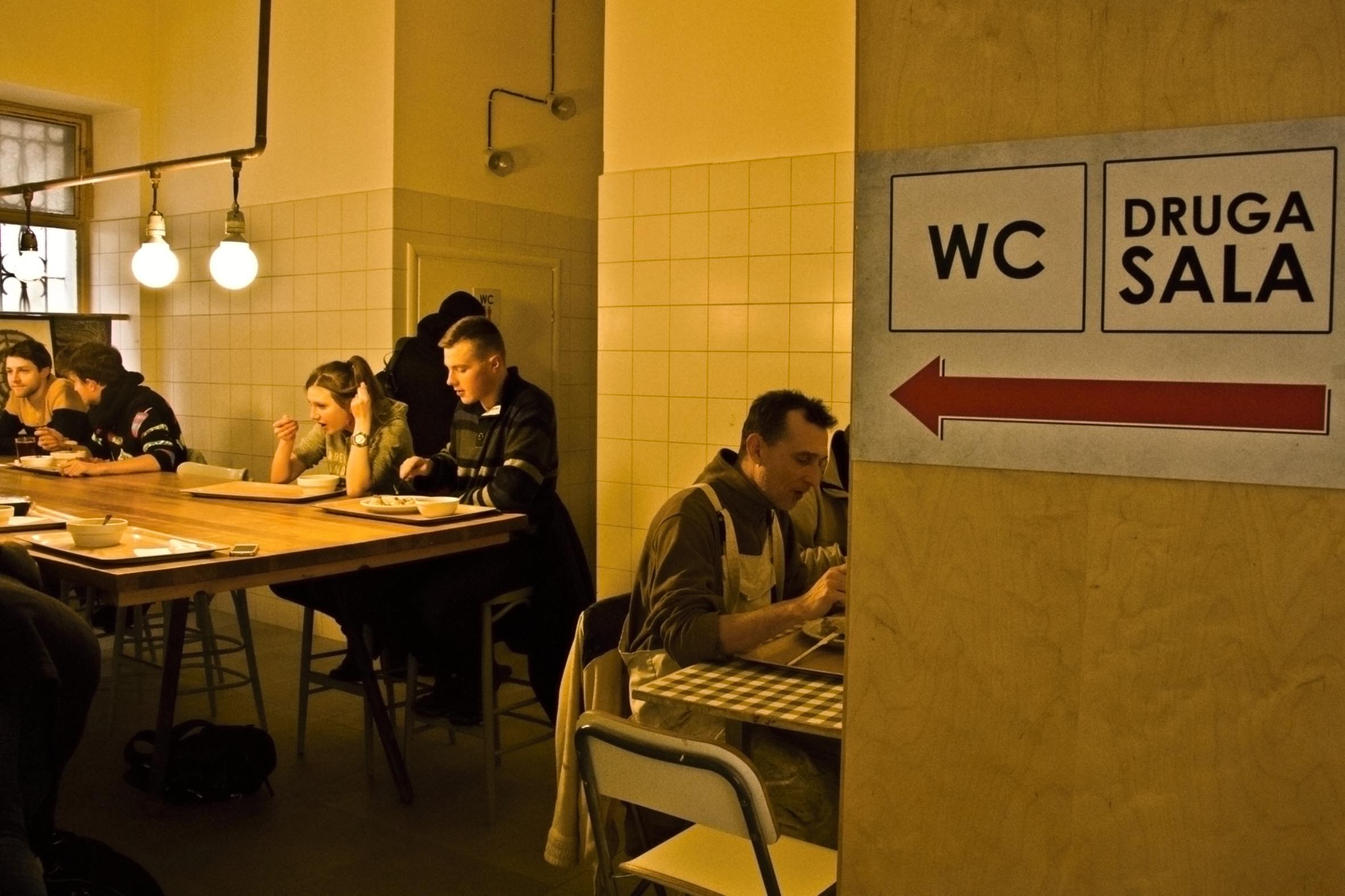 Návštěva polského mléčného baru je jako výlet do minulosti