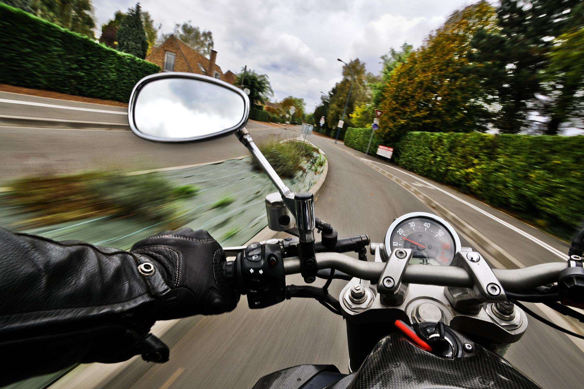 Pohled z motorky (ilustrační foto)