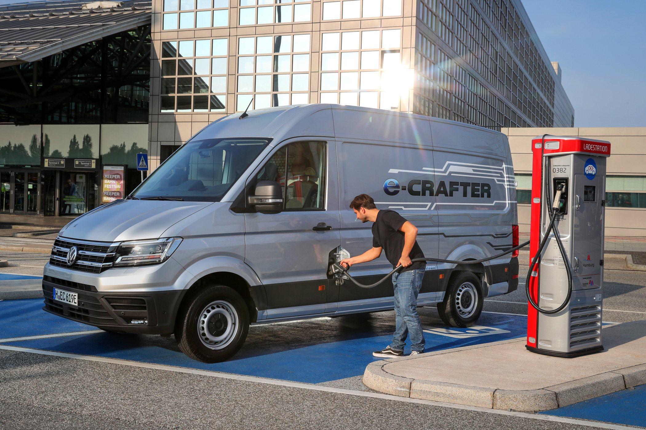 Na jedno nabití ujede Volkswagen e-Crafter asi 170 kilometrů.