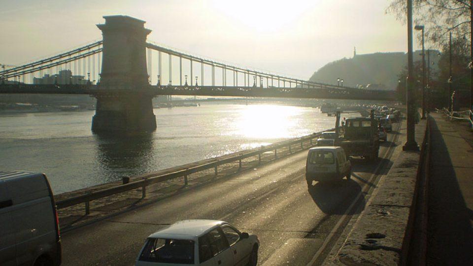 Slavný Řetězový most