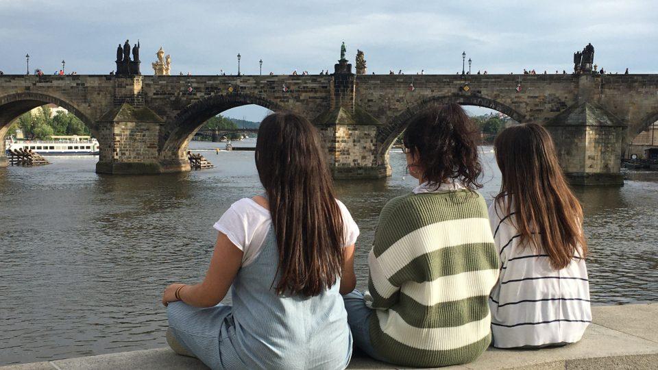 Mladé Španělky na výletě