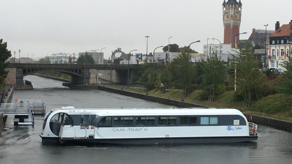 Říční provoz v Calais funguje už šest let