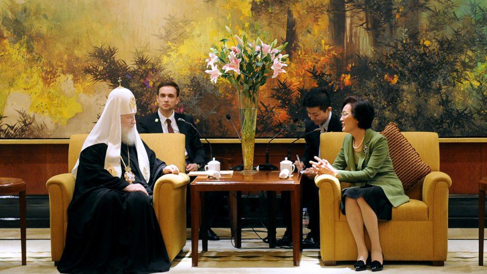 Ruský patriarcha Kirill při návštěvě Číny v květnu 2013