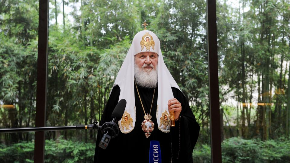 Ruský patriarcha Kirill při setkání s čínskými novináři