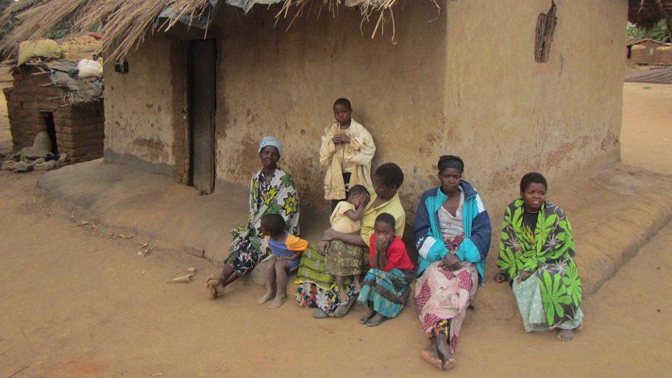 Humanitární mise v Malawi - Dům chudé rodiny