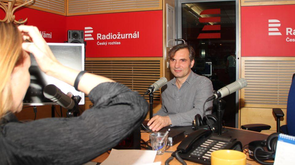 Herec a zpěvák Jiří Macháček v Hostu Radiožurnálu