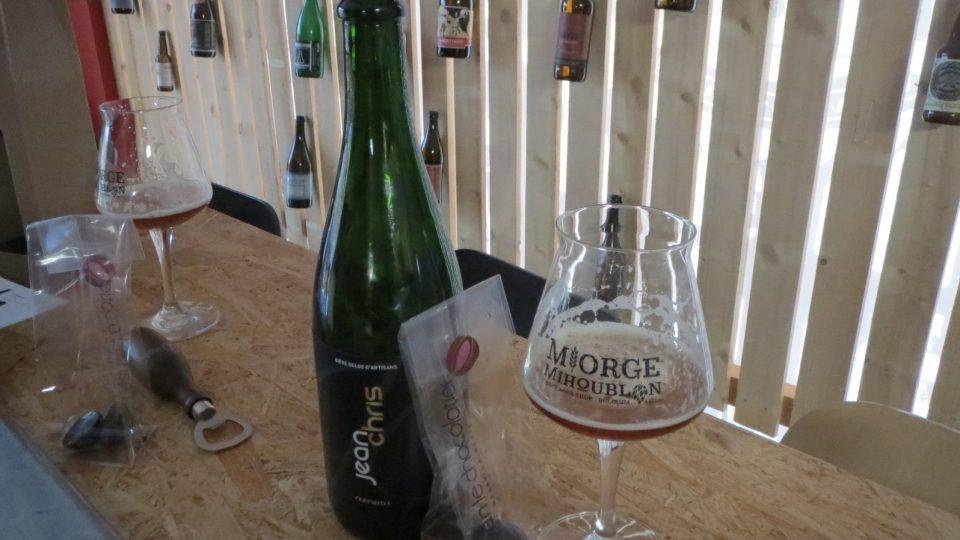 Pivo ChriseJean je vyrobené tak, aby chutnalo speciálně v kombinaci s vysokoprocentní belgickou čokoládou