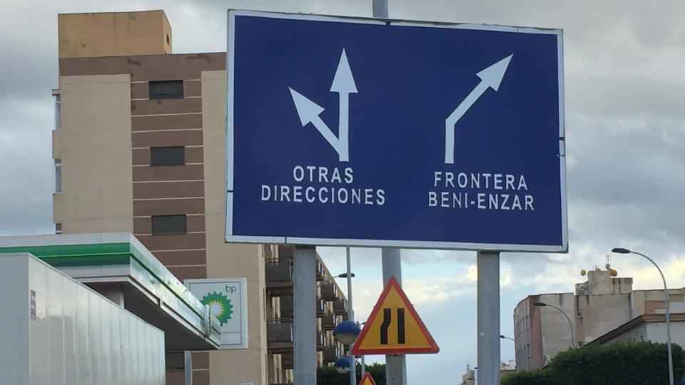 Na hraničním přechodu s Marokem jste v Melille za deset minut
