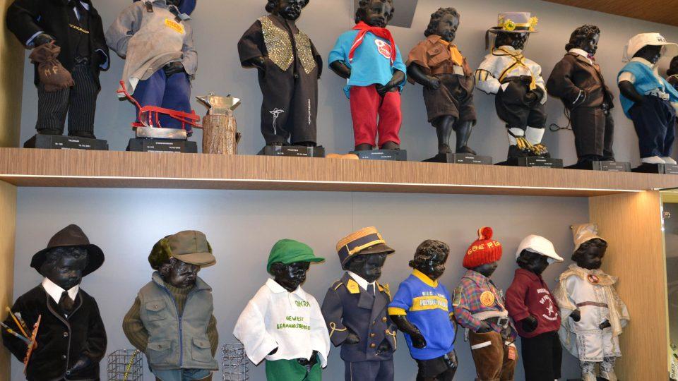 Čurající chlapeček má ve svém muzeu v Geraardsbergenu na tři stovky převleků