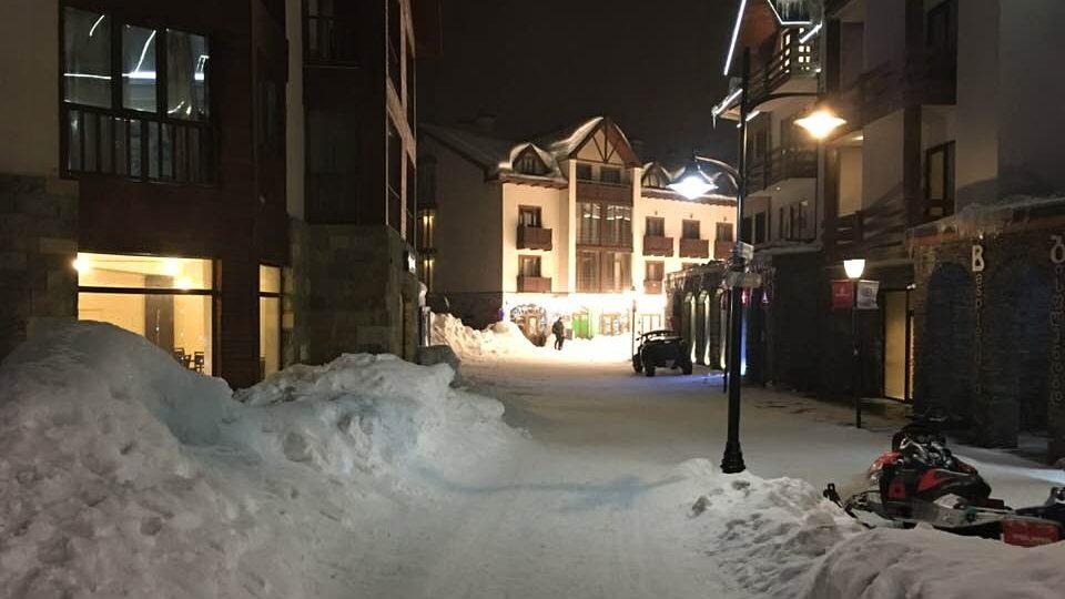 Zimní středisko Gudauri v noci