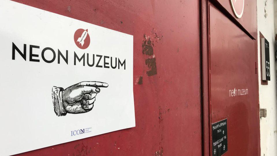 Muzeum neonů ve Varšavě vzniklo díky úsilí několika nadšenců