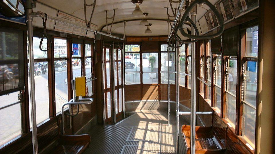 Jízdu historickou tramvají provázejí nejrůznější neobvyklé zvuky