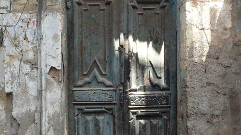 Poetika zchátralých zákoutí ve čtvrti Maspero bude brzy minulostí