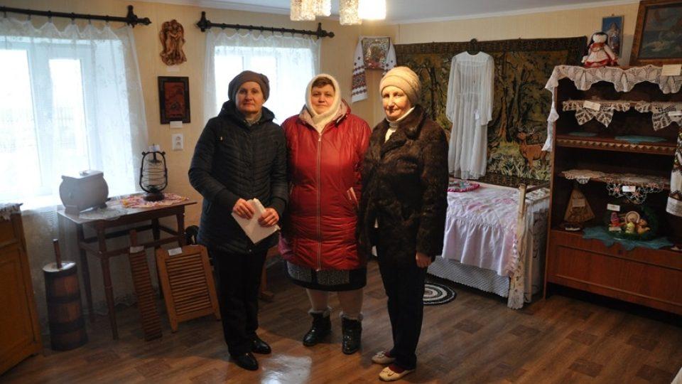 Krymské Češky, které dnes žijí v krajanské obci Bratskoje
