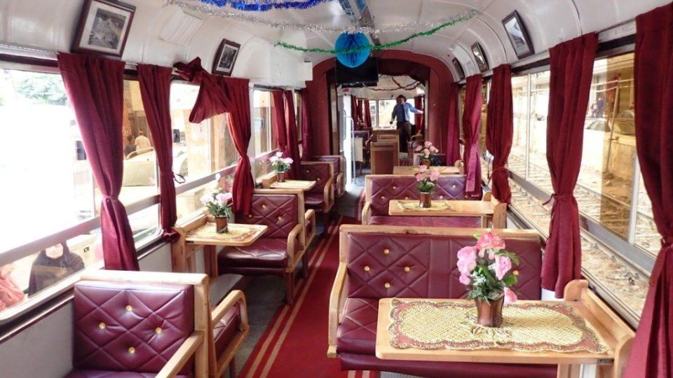 Tramvaj lze využít také jako pojízdnou kavárnu