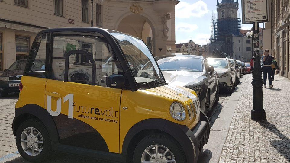 Mini elektromobily jsou ideální hlavně pro provoz v centru města