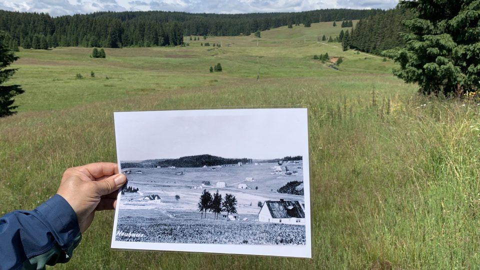 Porovnání historické fotky Chaloupek se součaností