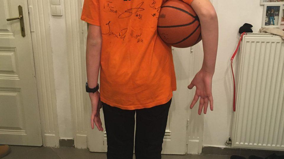 Třináctiletý Wolf měří 183 cm