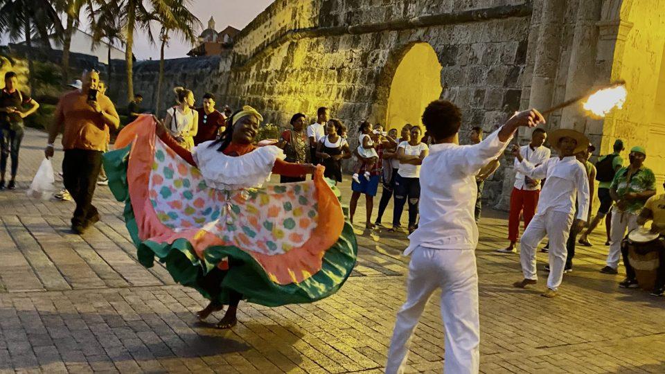 Tanečníci v Cartageně, pastva pro oči