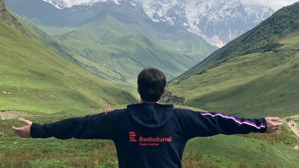 Radiožurnál pod nejvyšší horou Gruzie, pětitisícovkou Mt.Šchara