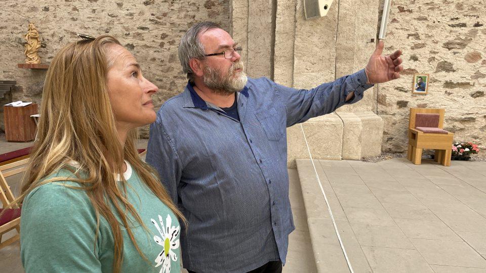 Farář Josef Suchár a Lucie Výborná