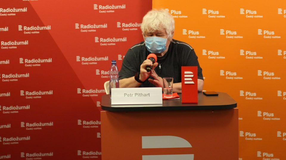 Bývalý předseda Senátu Petr Pithart (KDU-ČSL) během debaty na téma Senát