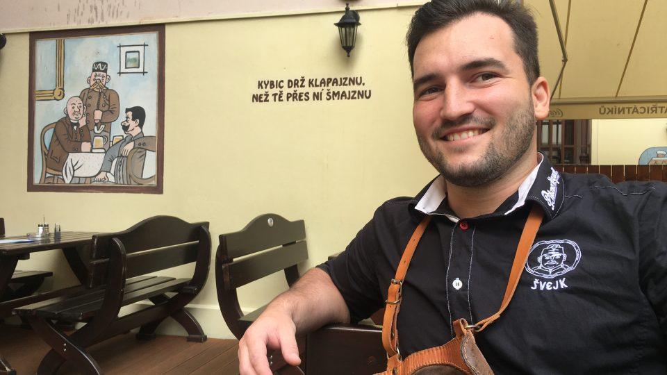 Číšník Michal Kroužil