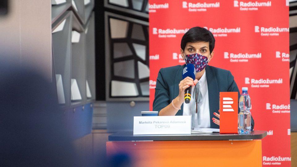 Předsedkyně TOP 09 Markéta Pekarová Adamová během předvolební superdebaty lídrů parlamentních stran na Radiožurnálu a Plusu