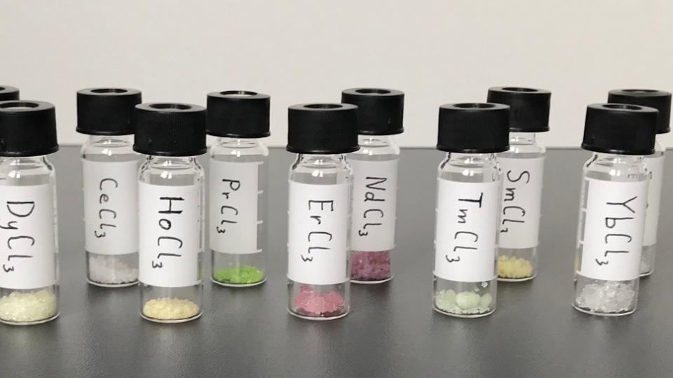Výzkum chemických vzorků není jen laboratorní hra, ale může nést výsledky v boji o záchranu životů