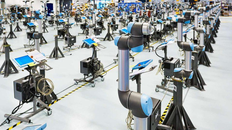 Společnost Universal Robots je největším výrobcem takzvaných kolaborativních robotů