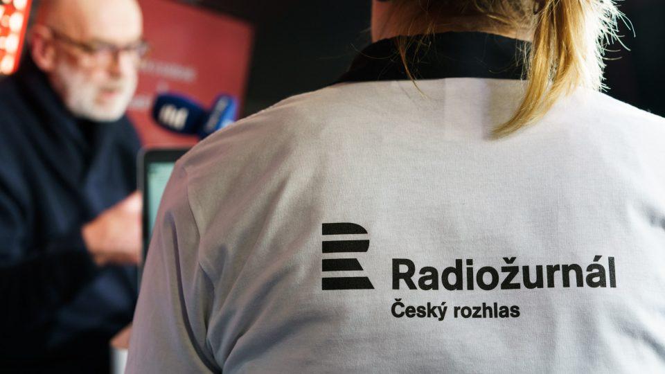 Lucie Výborná si oblékla triko Radiožurnálu