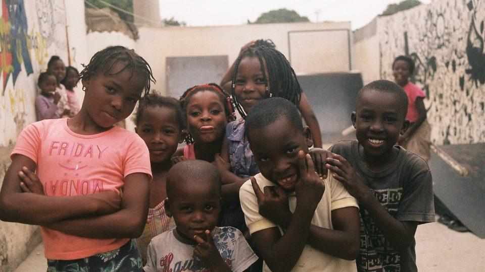 Martin Loužecký postavil v Mosambiku dva skateparky