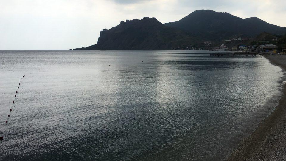 Rozeklané pobřeží ukrajinského poloostrova Krym patřilo k pravidelným zastávkám hotelových lodí, které sem vozily turisty z celého světa.