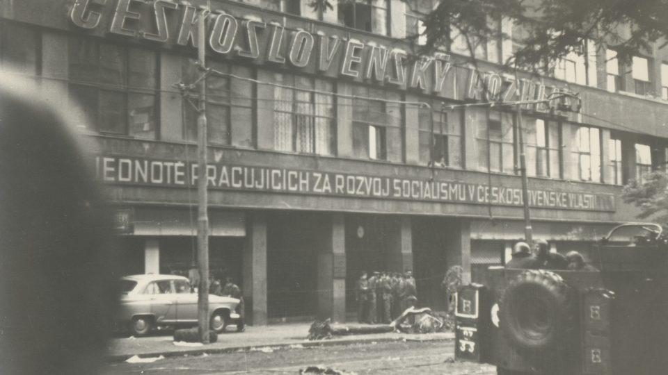 Vinohradská 12, budova Českého rozhlasu v roce 1968