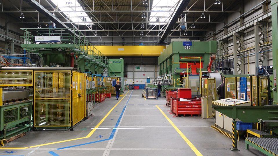 Efektivní logistika je základ v každé moderní továrně