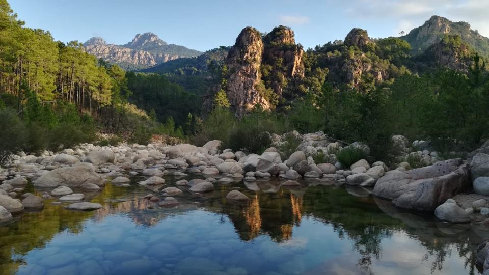 Jedním z důvodů, proč je Korsika pro kaňoning tak lákavá, jsou i dechberoucí přírodní scenérie