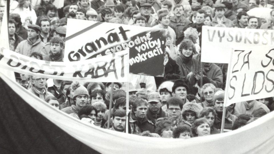 Listopadové demonstrace roku 1989 v Turnově