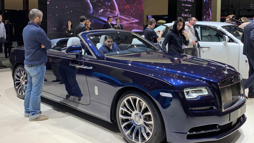 Rolls-Royce Dawn na autosalonu v Ženevě