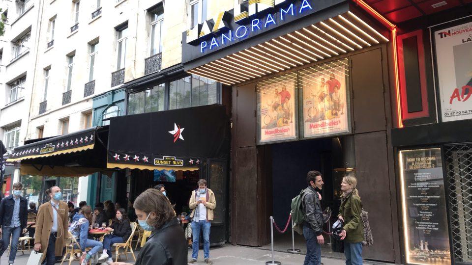 Kino Maxe Lindera nese svůj název od roku 1914. Sál si koupil přímo známý komik, protože se chtěl se svými filmy více přiblížit publiku