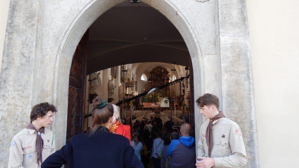 Přístup na svatováclavskou mši ve Staré Boleslavi měli jen zvaní hosté