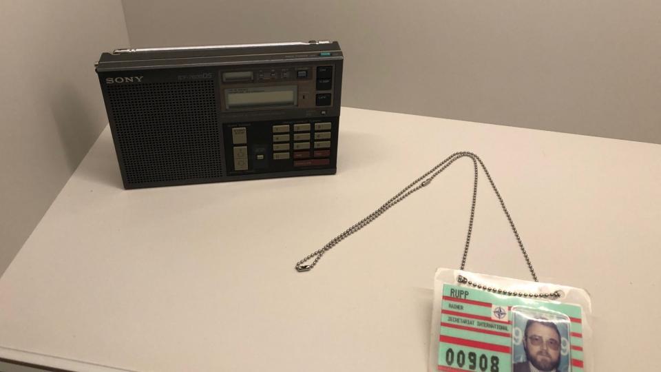 Šifrované vysílání se dalo naladit na každém krátkovlnném rádiu