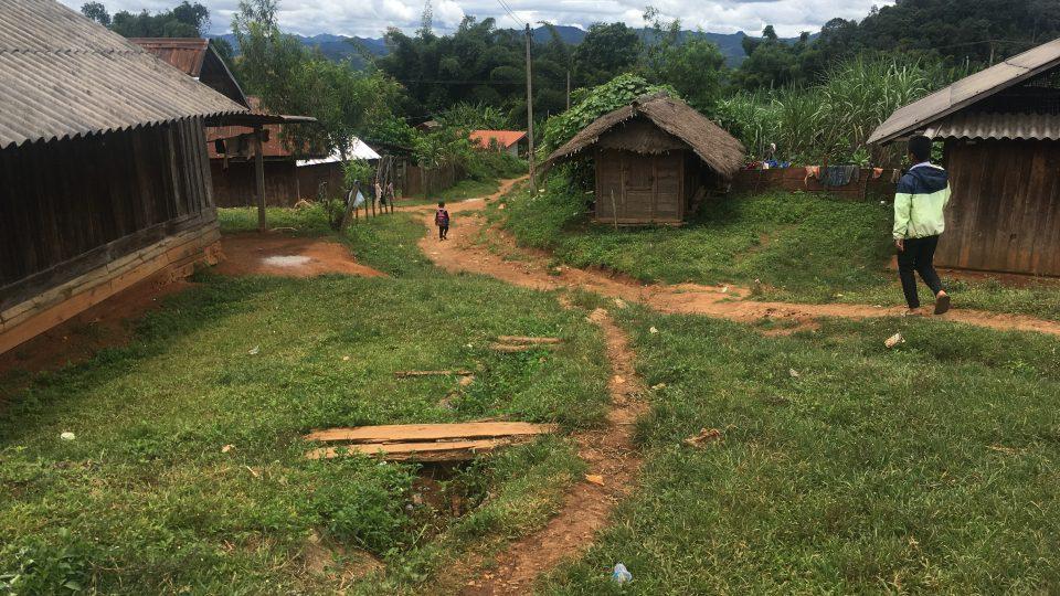 Pohraniční hory mezi Barmou a Laosem