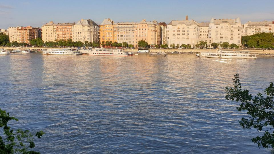 Z Markétina ostrova je neobvyklý pohled na Budapešť