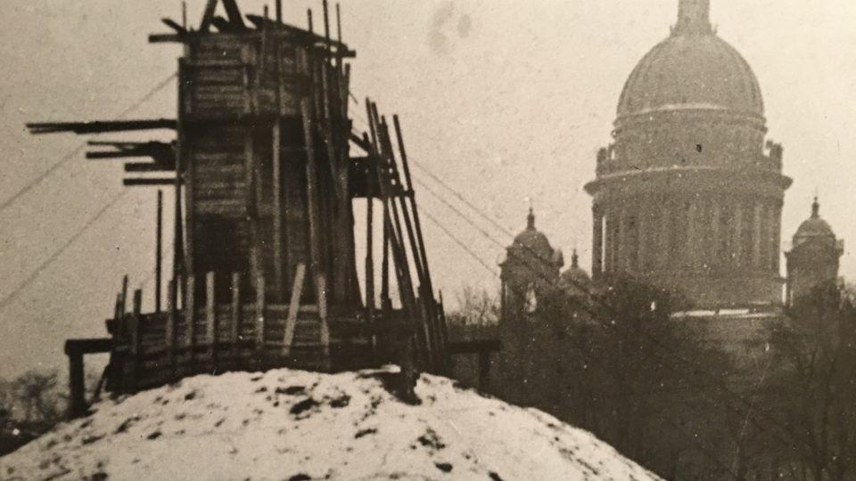 V Muzeu chrámu svatého Izáka vystavují i fotografie z doby obléhání