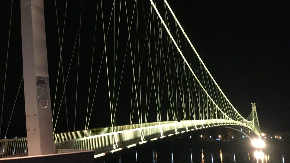 Most přes řeku Drávu je osijeckou dominantou.