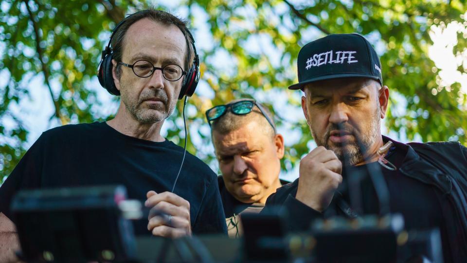 Petr Zelenka s kameramanem při natáčení filmu Modelář